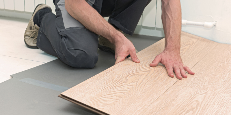 go with a flooring contractor that will handle just the installation